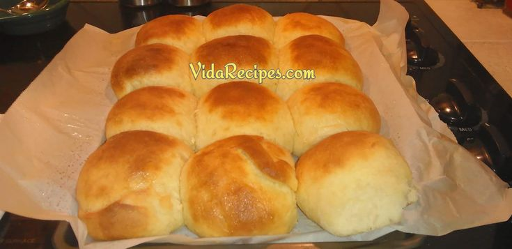 These dinner rolls are simple to make and turn out perfect every time! No need for any special appliances or kneading for these!