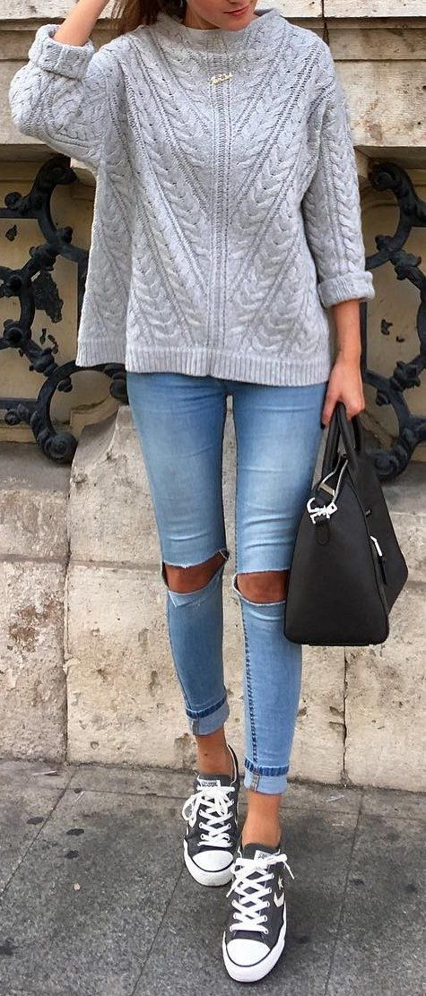 Grey Knit // Ripped Jeans // Black Leather Bag // Grey Shoes