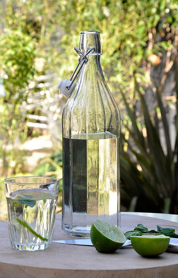 Table water in a beautiful glass container ideal for wedding tables