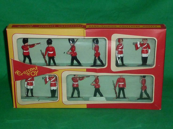 crescent plastic toy soldiers 1:32 boxed 901 british grenadier & lifeguard x 12  | eBay
