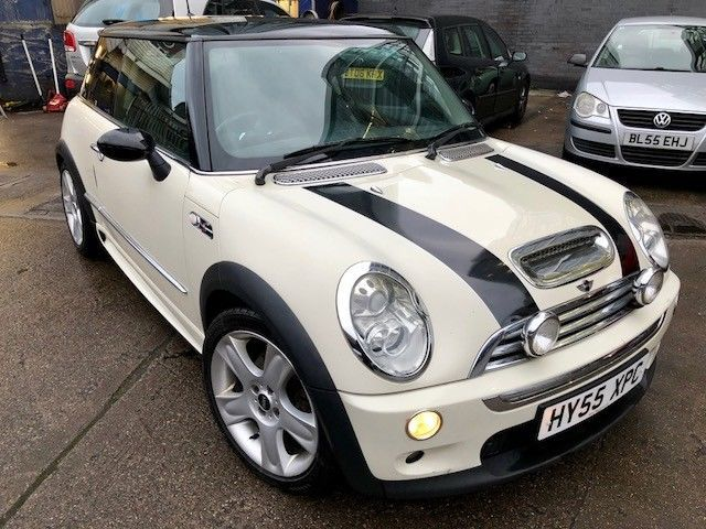 2005 Mini Cooper S White Supercharged Front Fog Lamps Glass Roof Dr Owned Mini Cooper S 2005 Mini Cooper Mini Cooper