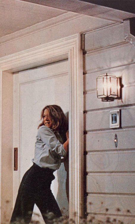 Jamie Lee Curtis in 'Halloween', 1978  Now I understand why they call her the scream queen