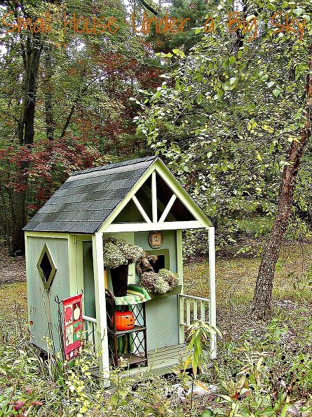 autumn in the white oak garden playhouse, gardening, outdoor living, seasonal holiday d cor, The playhouse sits in the meadow against the Oak Savannah Forest