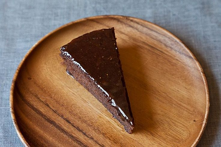 Chocolate and Cabernet Sauvignon Italian Cake