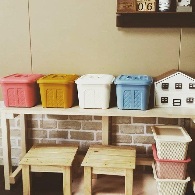 色味が可愛い!取手と蓋付きダイソーの新作収納ボックス♡ - Locari(ロカリ)