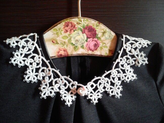 Tatting collar.