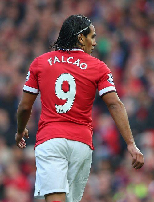 El Tigre en su salsa: Radamel Falcao, en fabor del glorioso Manchester United.