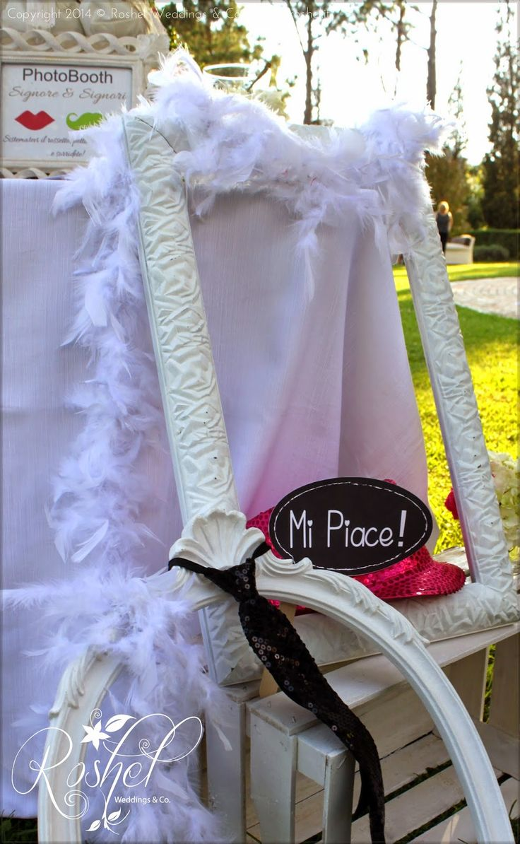 """Cornici e vignetta """"mi piace"""" per Wedding Photo Booth di Roshel Weddings & Co.  http://roshel-weddings-and-co.blogspot.it/2015/02/l-del-photo-booth-facce-da-matrimonio.html"""