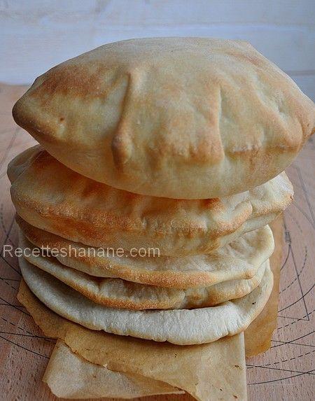 À tester : la recette du Pain pita, ou pain Libanais - Recettes by Hanane chez www.recetteshanane.com/