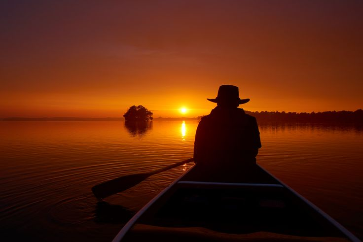 Lost in Thought. Sunset at Lake Ploen. Schleswig-Holstein, Germany #Plön #Plöner…