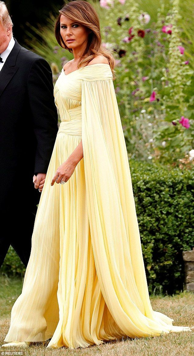 Pin By Martin On Malenya Tramp Pinterest Gowns First Lady