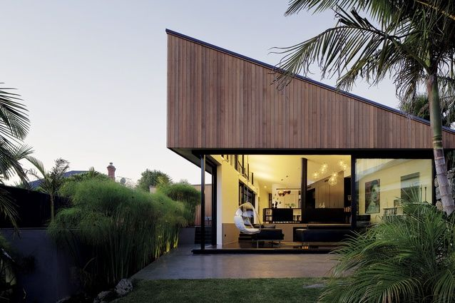 The 'S' house, designed by Glamuzina Paterson Architects.Read great articles on the latest 2013 #dream #home trends here http://articles.builderscrack.co.nz or hire a professional today from #Builderscrack http://builderscrack.co.nz/post-job-desc