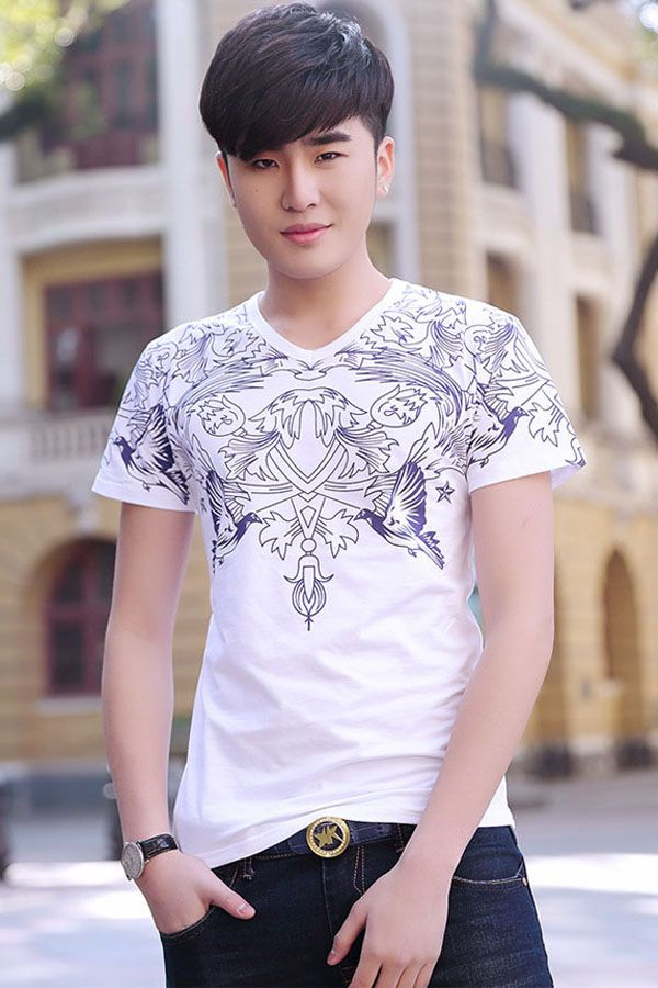 Ultra-soft premium cotton feels great against your skin. This Korean style male T-shirt is handsome cool with a concise shape and the speechless print will have all eyes on you. Slim fit silhouette, sweetheart neck and short sleeves, awesome summer tee shirts from Liverpool Private Reserve. #Clothing #Style