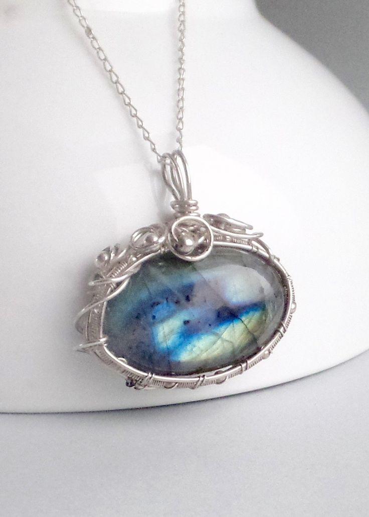 Silver Labradorite pendant–  Wire wrapped pendant –  Gemstone necklace – Semi precious stone jewellery – Blue flash Labradorite cabochon by Mishalijewellery on Etsy