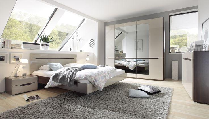Die Möbel in das Schlafzimmer in der Farbe Latte in super der Promotion des -10%. Fang das Schnäppchen! #schlafzimmer #bett #latte #Möbel #helvetia #mirjan24 #design