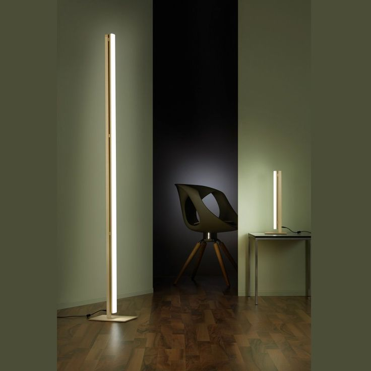 Helestra Venta floor lamp champagne anodised - chrome, application example.