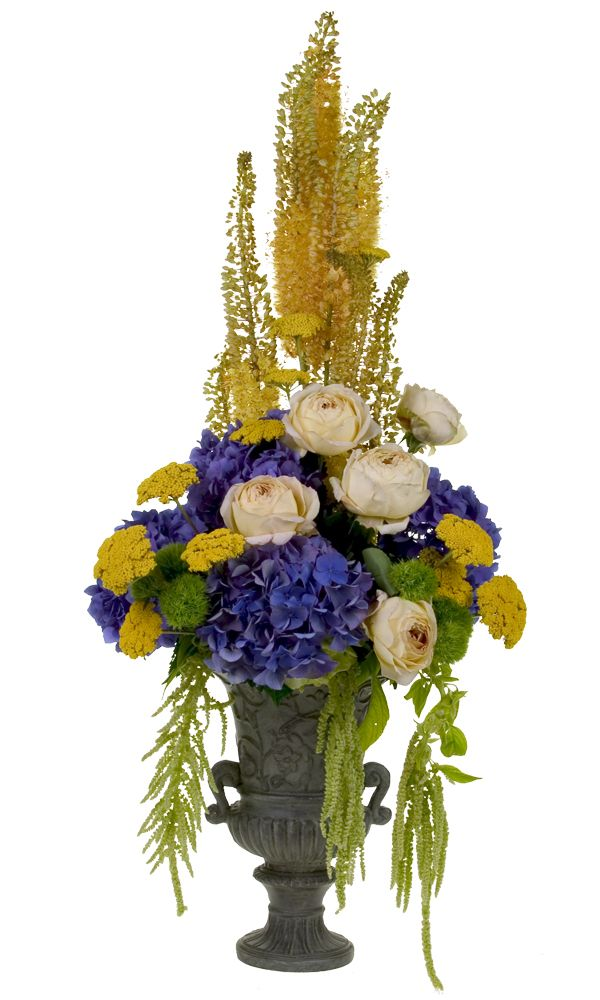 Create a Tuscan Centerpiece for your wedding table.  DIY video demonstration http://www.floraldesigninstitute.com/Media/Movie0346-Tuscan-Wedding/Tuscan-Wedding.htm