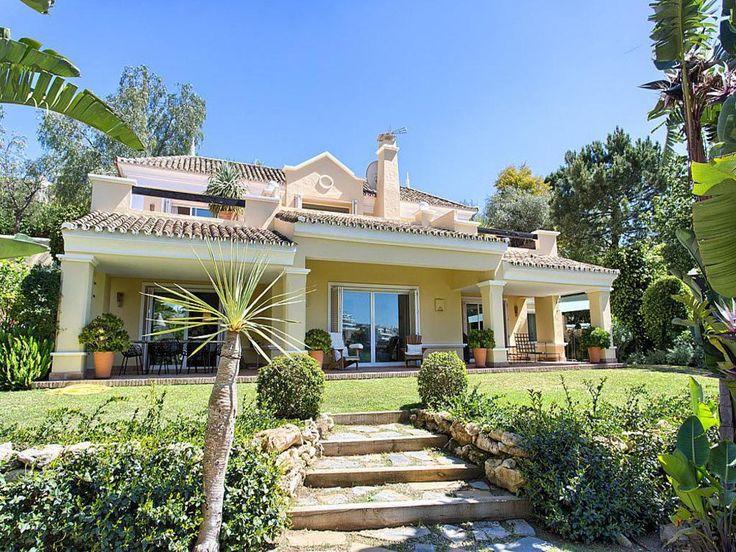 Великолепная вилла в Марбелье, Малага (Испания) #Benahavis #недвижимостьвИспании #виллывИспании #КостадельСоль #Малага