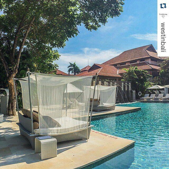 #daybed @westinbali #luxuryhotel #lifestyle #destinationbali #outdoorfurniture #furnituredesign #diduindonesia