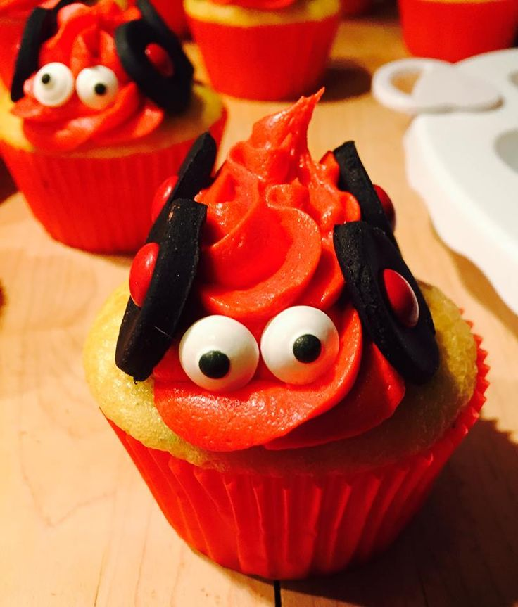 These Blaze And The Monster Machine Cupcakes Are So Cute