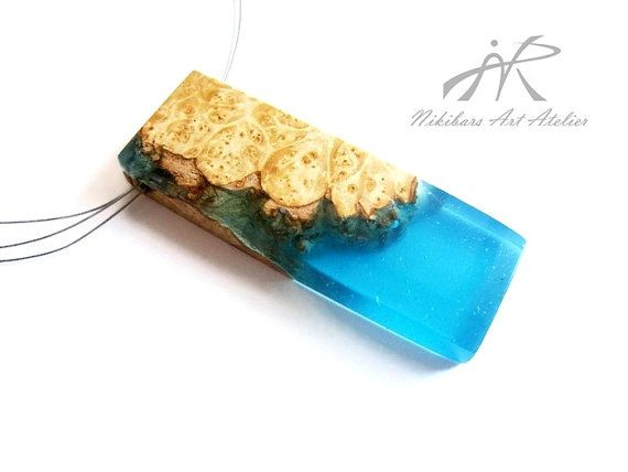 Exotic burl wood and resin necklace wood by NikibarsNatureArt