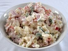 Květákový smetanově majonézový salát