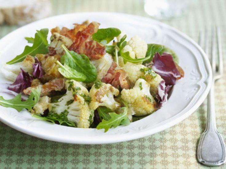 salade met geroosterde bloemkool en pancetta
