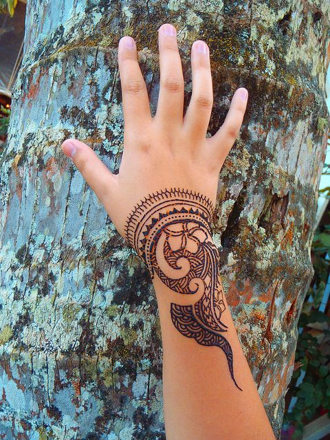henna hand resting on bark photo idea - Almost henna season!  Polynesian style henna by Henna Kauai, via Flickr