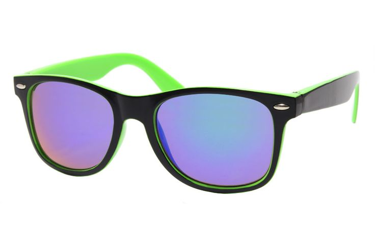 Green / Black Wayfarer With Mirrored Glasses
