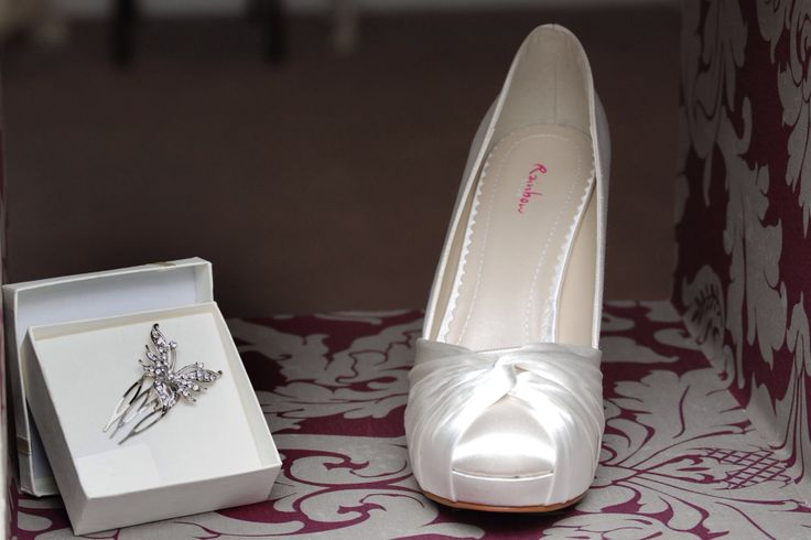 Simone shoe and butterfly hair pin