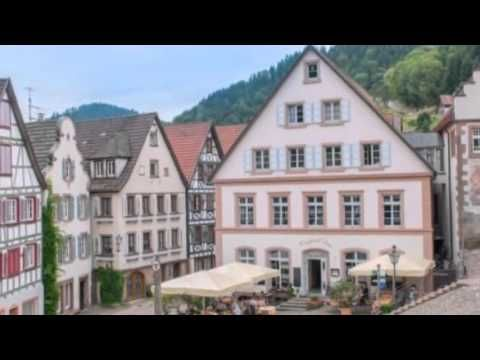 Gasthof Sonne - Schiltach - Visit http://germanhotelstv.com/gasthof-sonne-schitlach The Gasthof Sonne is located at the marketplace in the historical town of Schiltach in the heart of the Black Forest  Dating back to 1590 this beautiful half-timbered hotel is a listed heritage building and maintains a sense of historic charm. -http://youtu.be/MtOiCtZcH18