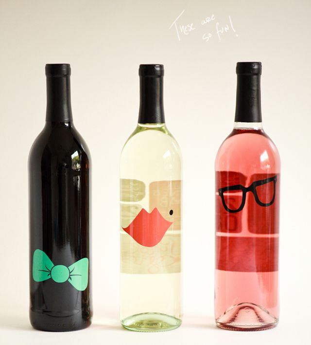This la belle famille wine packaging by ali labelle for Cute wine bottles