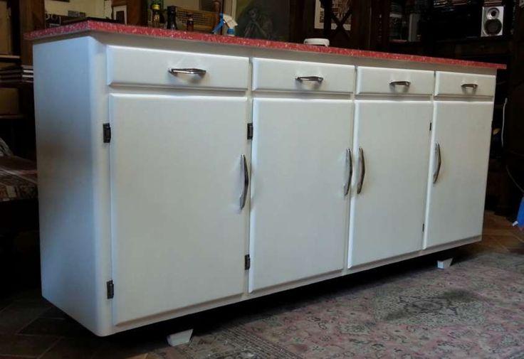 Arredamento in stile anni '50 - Mobiletto bianco vintage