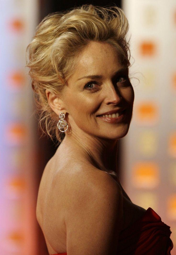 Гремучая смесь ума и красоты. 30 фото как изменилась Шерон Стоун за 40 лет