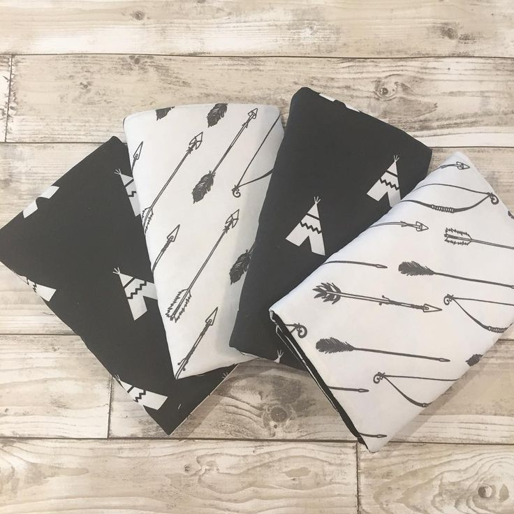 """31 Likes, 2 Comments - ⭐️ Twinkle Twinkle Babies ⭐️ (@twinkletwinklebabies) on Instagram: """"A #customorder for our handmade cot bar bumpers in gorgeous monochrome fabrics. These would…"""""""