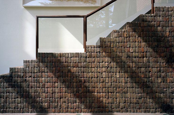 PIX HOUSE  by CANDIDA TABET ARQUITETURA     photo: Cristiano Mascaro