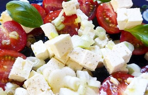 Salată cu Caș