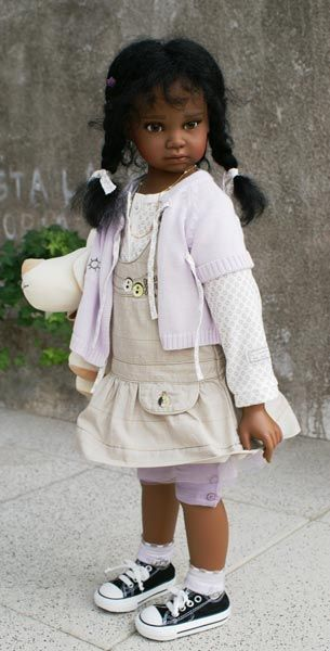 Arlene's Dolls - Angela Sutter Dolls – Maybe someday I'll be able to get one of these beautiful dolls. One would make me very happy! She would join my Hildegard Gunzel, Ebony.