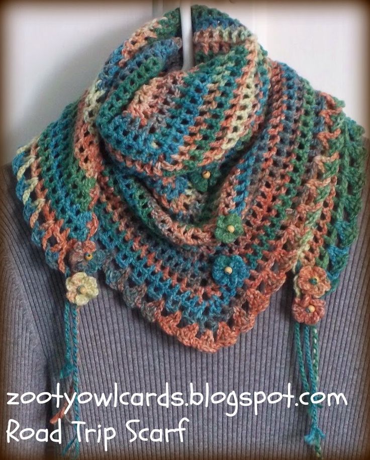 triangle granny scarf (dw): She has several colorways on the webpage. This is a very easy and quick project - great Christmas gift idea.