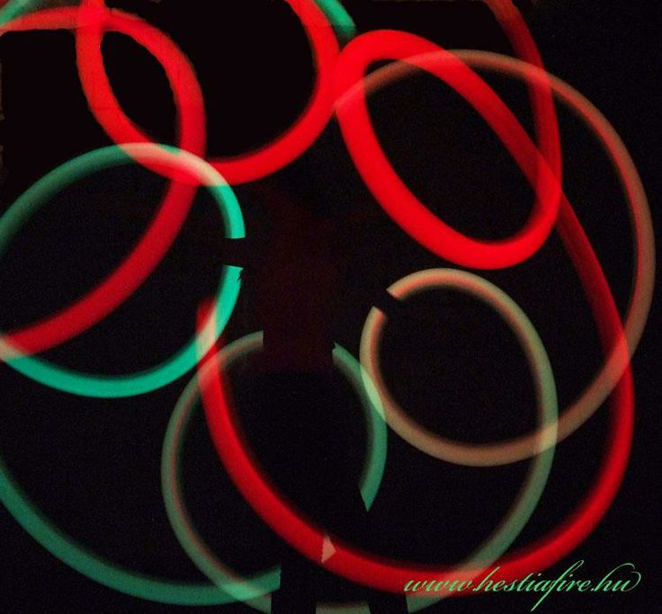Led light show - juggling - juggler - poi