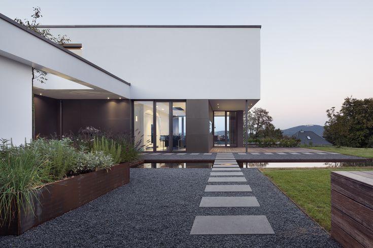 Angenehmes Licht Durch Indirekte Beleuchtung Und Einbauspots Im Boden  Gesenkt | Garten | Pinterest | Architecture And House