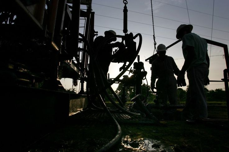 NYMEX crude makes small good points in Asia on geopolitical tensions - http://worldwide-finance.net/news/commodities-futures-news/nymex-crude-makes-small-good-points-in-asia-on-geopolitical-tensions