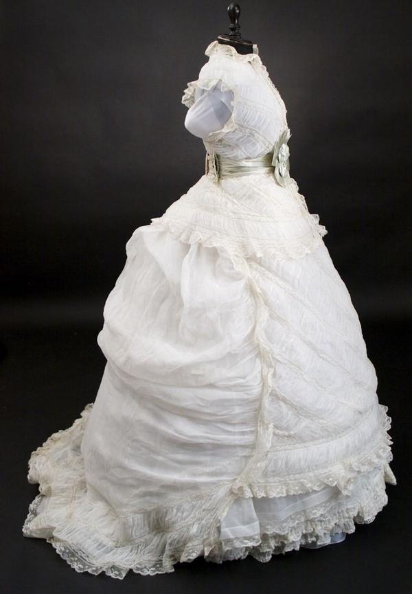 1800 39 s dress that miss havisham would have worn culture for 1800 style wedding dresses