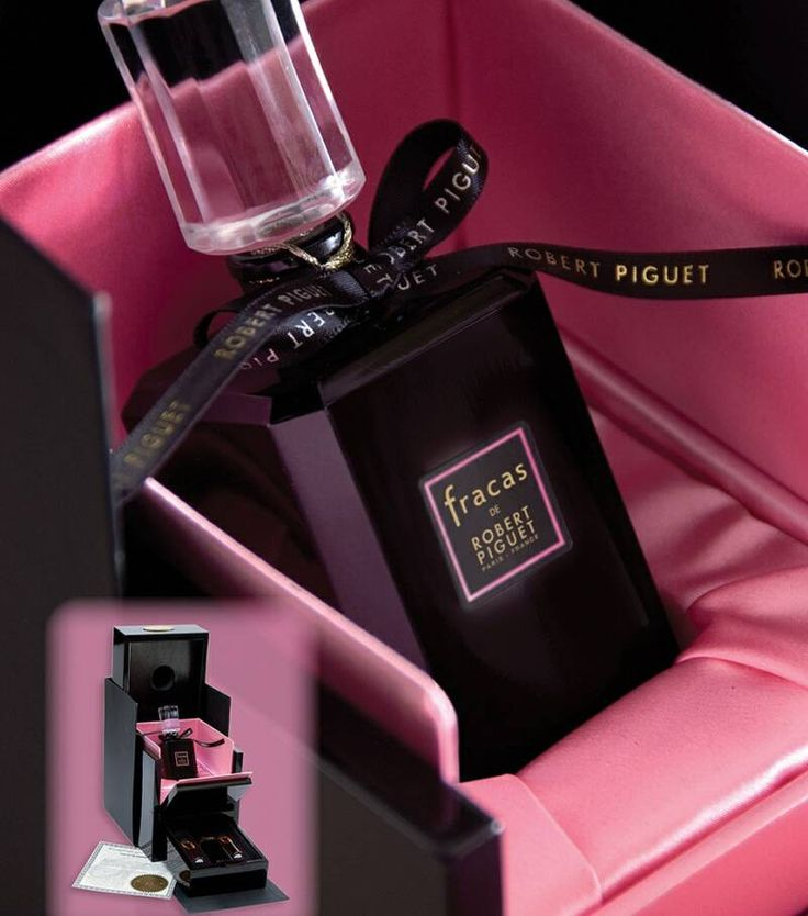FRACAS by Robert Piguet.  Tuberose on steroids.  This is  perfume for a real woman and my second love after Chanel's Coco.