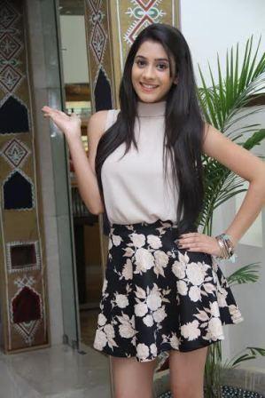 #hiba nawab#tere sheher mein gorgeous dress