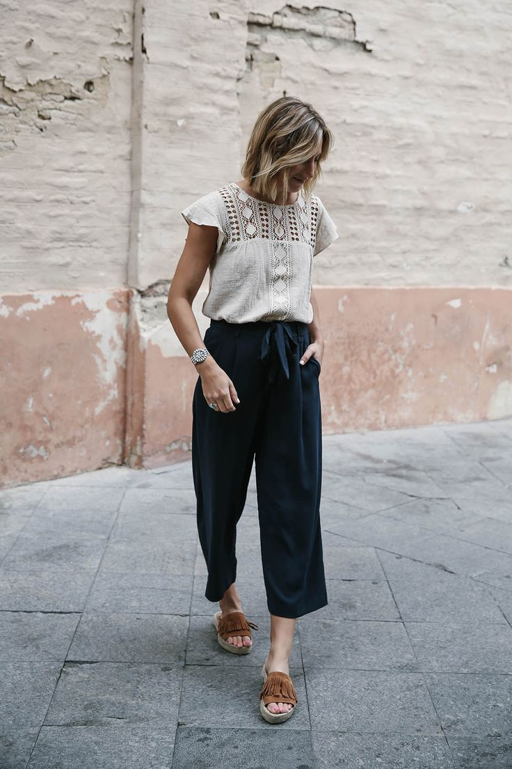 navy culottes outfit and crochet yoke top, women's fashion, how to dress for fall or spring, culotte pants, suede fringe espadrille platforms