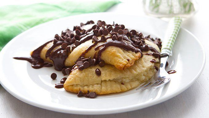 Sweet and creamy cannoli filling stuffed inside a flaky crust makes an easy and delicious dessert!