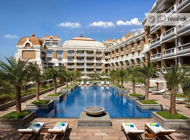 ITC Grand Chola is a luxury business hotel offering 600 rooms and is located in the heart of #Chennai on Mount Road. The #hotel is designed in an ornate, palatial-style as a tribute to the Chola Empire of Southern India.