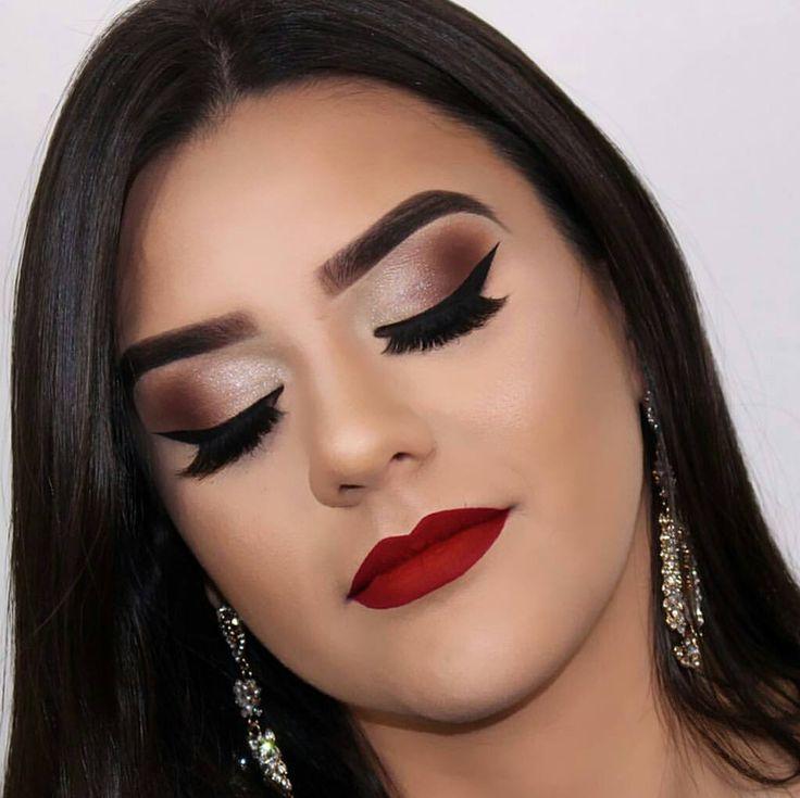 @paulaciacco  _____________________________  #batomrosa #loucaporbatom #batomroxo #batommatte #paixaoporbatons #euamobatom #fashion #fashionblog #likeforlike #moda #fashion #inlove #make #makeup #marykay #makeupaddict #makeupjunkie #lovemake #amorpormaquiagem #paixaoporbatom #ombrelips #batomvermelho #batombruna #linhabrunatavares #batomroxo #batomnude #ombrelipstick #queen #queenmakeup (marque nosso insta em sua foto ou use a hashtag #paixaoporbatom que sua foto poderá aparecer por aqui…