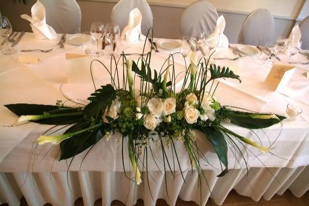 blumengesteck hochzeit brauttisch google suche wedding co pinterest mesas hochzeit. Black Bedroom Furniture Sets. Home Design Ideas
